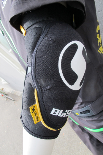 Bliss Team Elbow Pad