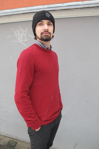 Pelago Merino Sweater Men Lingonberry