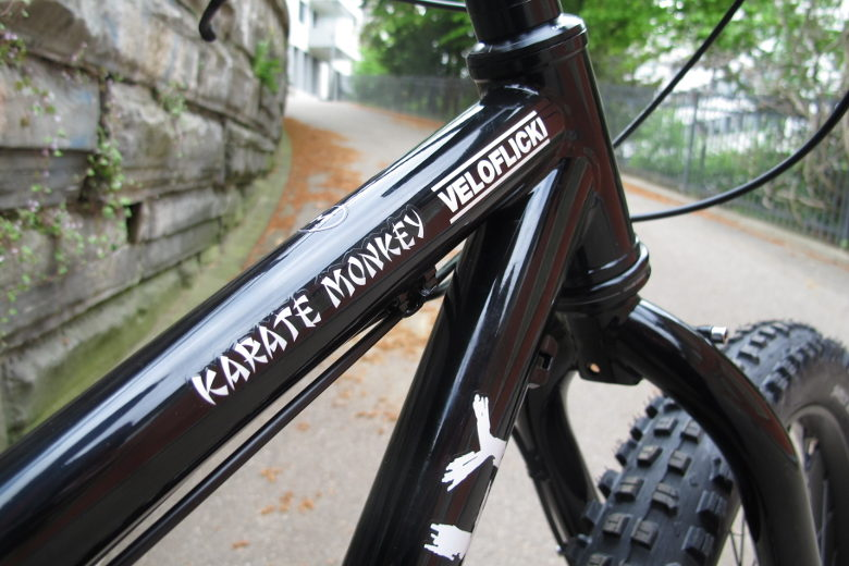 Surly Karate Monkey 27.5″+