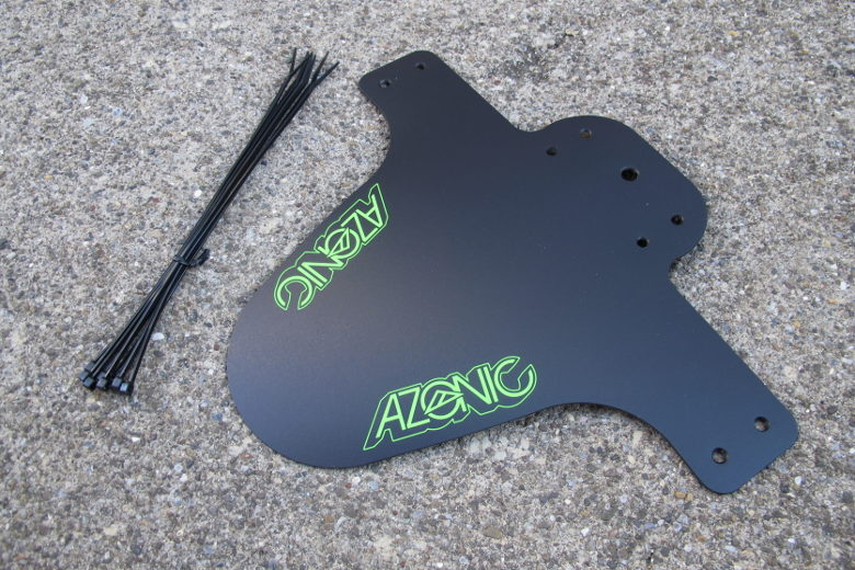 AZONIC: Splatter_Fender black/neongreen
